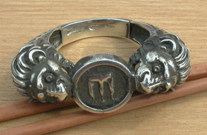 ring-lions-silver-2776