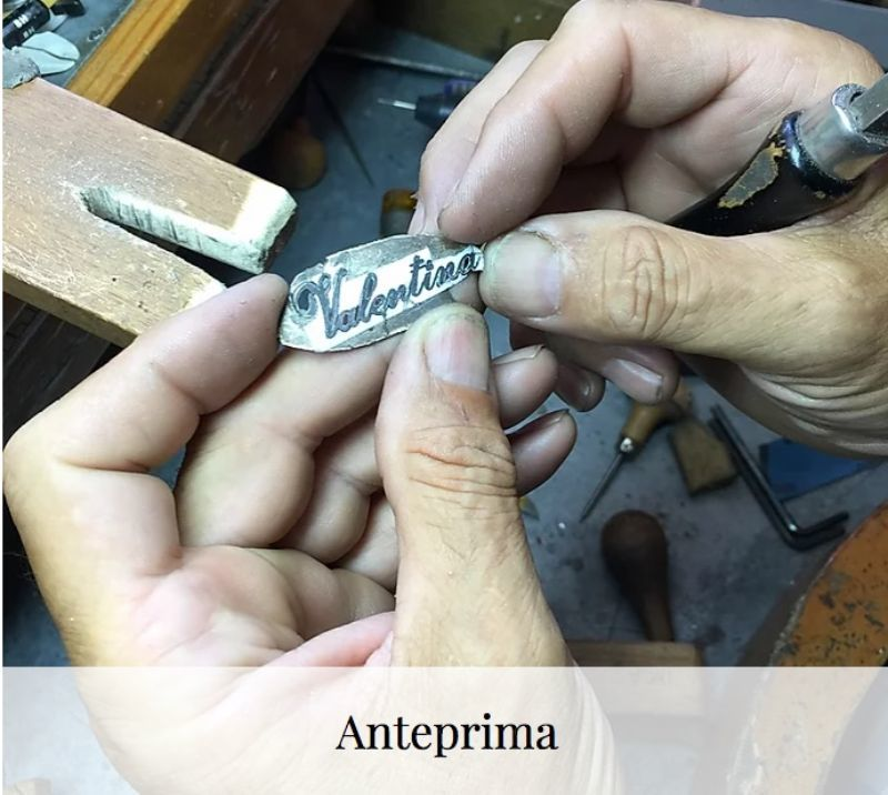 the-course-of-goldsmith-s-200-hours