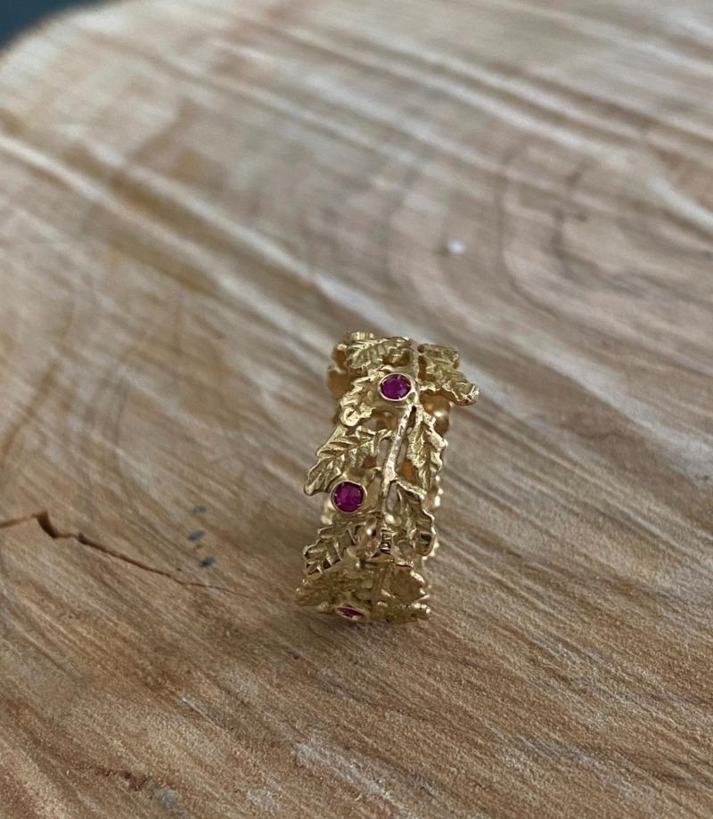 romeo-graduation-gold-ring