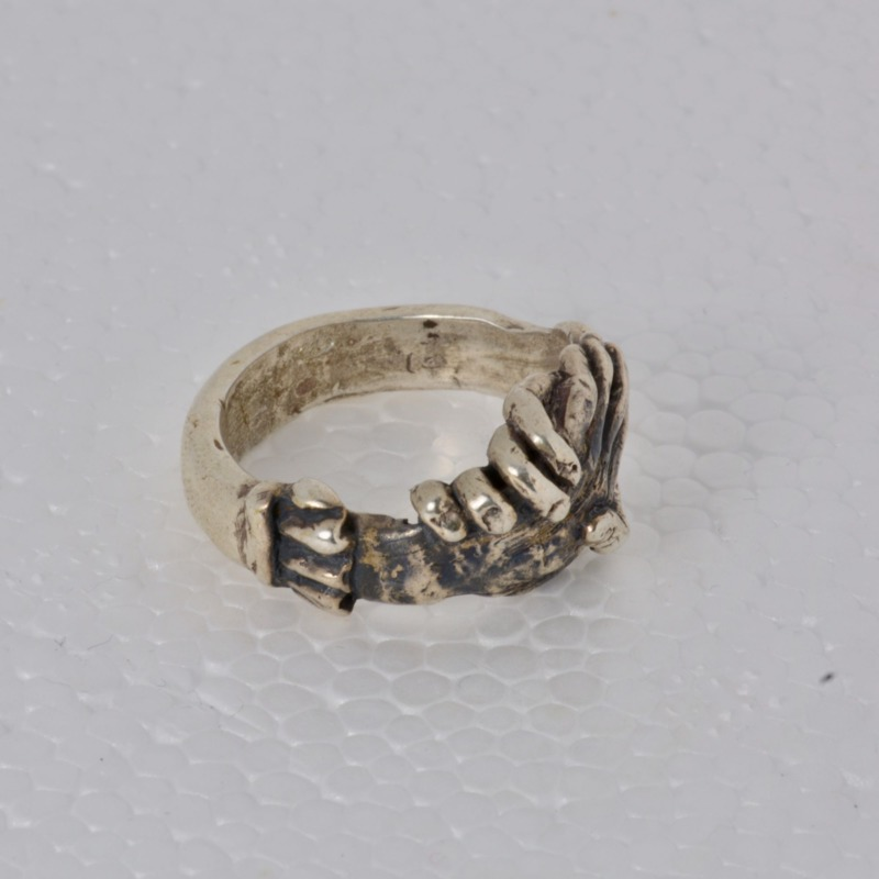 romeo-ties-solid-silver-ring