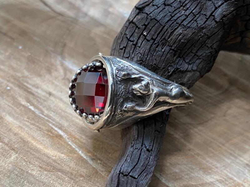 romeo-the-monogram-symbol-chi-rho-rotating-garnet-red-ring