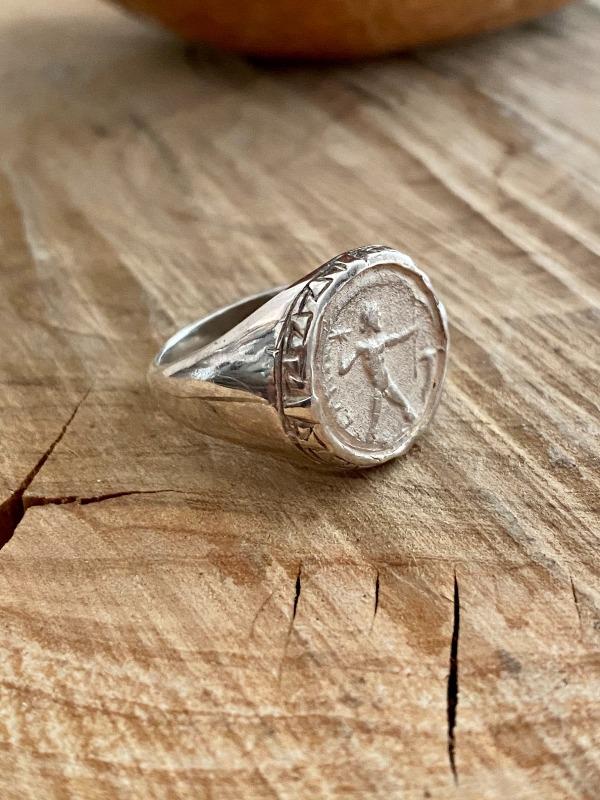 anello-zeus-con-greca-di-petelia